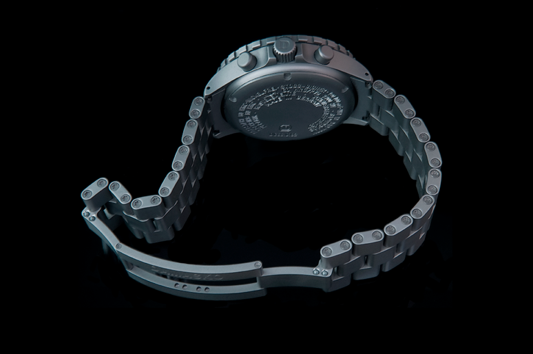 As With Everything Damasko The Construction Of This Bracelet Is Over Engineered Gorgeousness And That S How Hold On To Their Customers